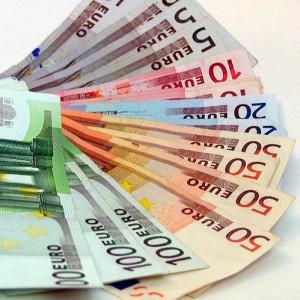 Euros: ¿gastarlos o invertirlos en un rótulo?